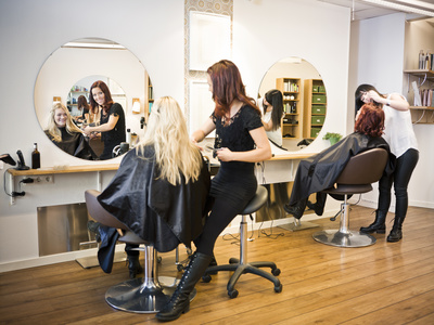 Stations in a hair or nail salon can be a great cash flow investing niche