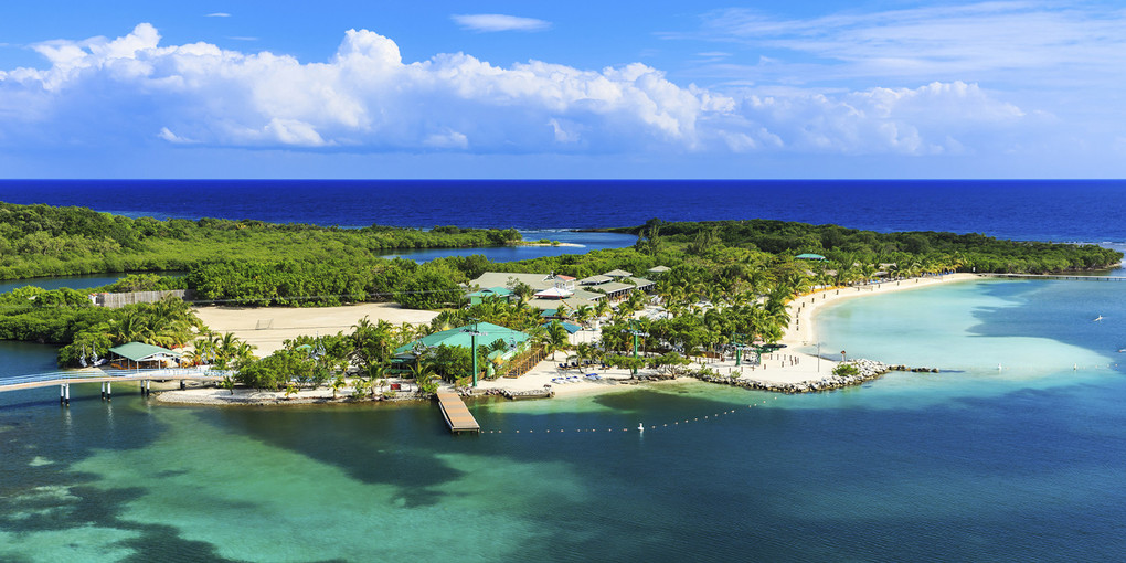 Roatan is one of the many great destinations on The Real Estate Guys Investor Summit at Sea
